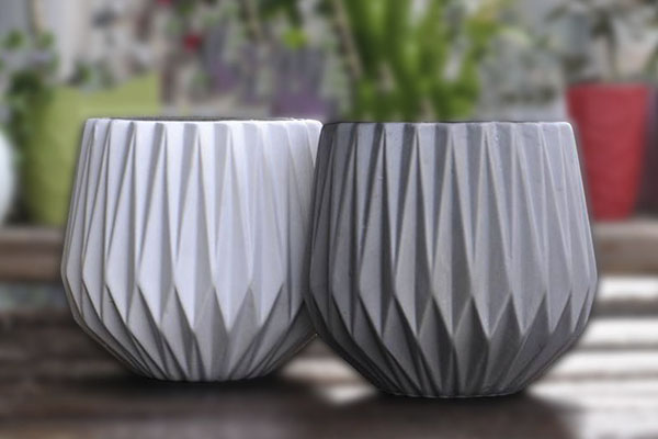 pots-and-containers